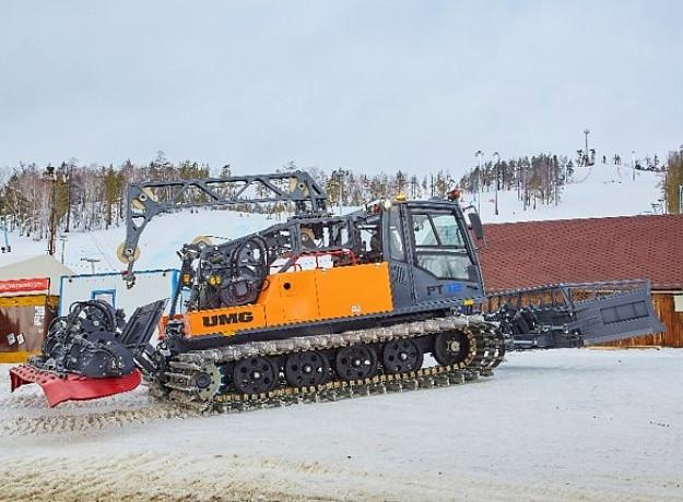 Снегоуплотнительная машина UMG РТ12