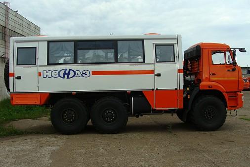 Вахтовый автобус НЕФАЗ-4208-24